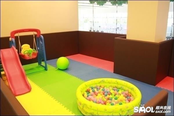 儿童室内游乐区