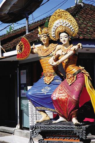 张弛有度 体验巴厘岛有历史的海岛文艺感