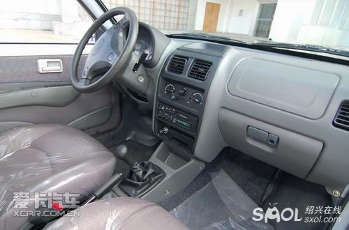 大功率空调,前后座椅安全带,车载mp3,收音机等配置.